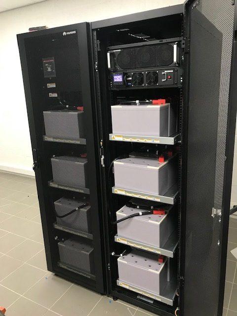 UPS voeding voor netwerkbeveiliging bij stroomuitval